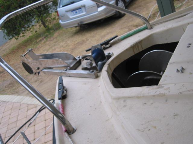 Anchor winch 1