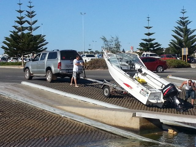 silly people at hillary's boat ramp