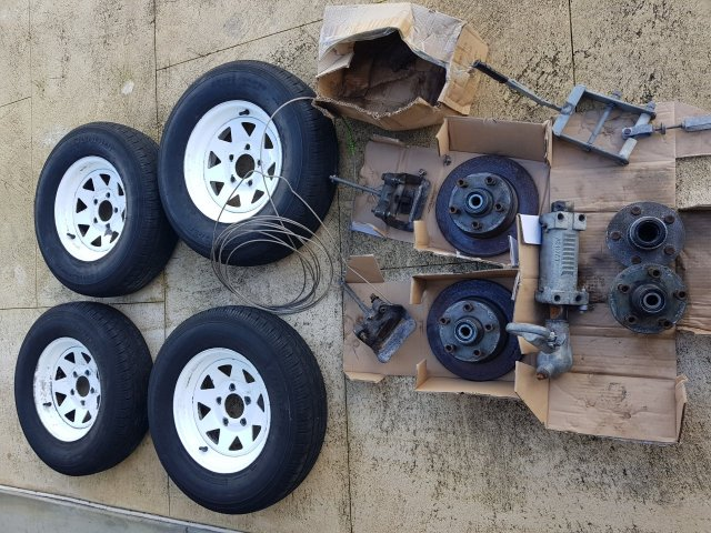 2T trailer brake bits