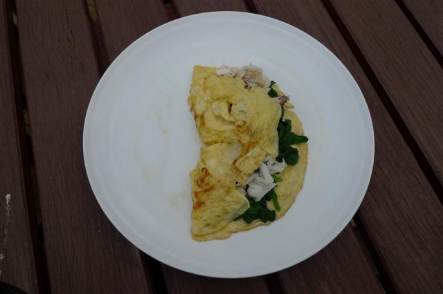 Blue Manna crab and spinach omlette