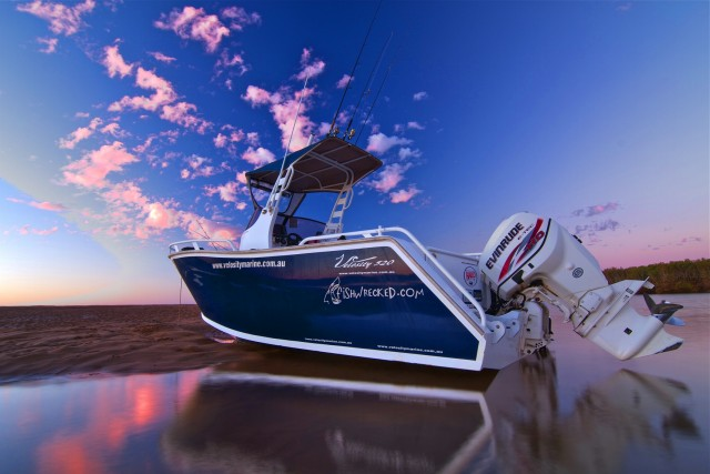 my rig in all its glory - Waterworld Evinrude comp