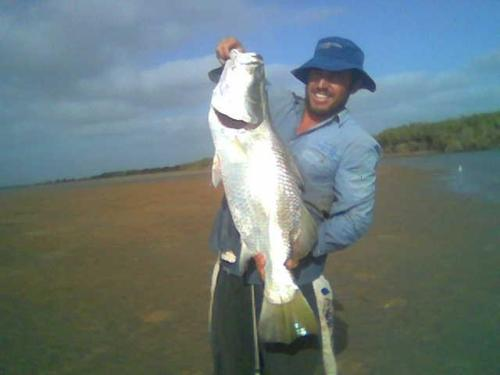 102 cm from hedland