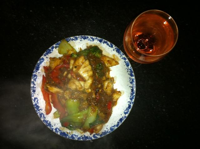 Chilli dhuie noodle stirfry with Pinot anyone